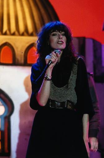 (GERMANY OUT) 28.09.1954, (eigentlich Carla Bissi), Sängerin, Italien, - bei einem Fernsehauftritt, - 1984   (Photo by Galuschka/ullstein bild via Getty Images)