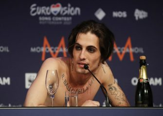 ROTTERDAM, NETHERLANDS - MAY 23, 2021: Vocalist Damiano David of the Maneskin rock band representing Italy, the winner of the 2021 Eurovision Song Contest Final, during a news conference at the Rotterdam Ahoy Arena. Vyacheslav Prokofyev/TASS (Photo by Vyacheslav Prokofyev\TASS via Getty Images)