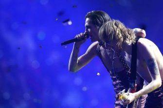 ROTTERDAM, NETHERLANDS - MAY 22: (L-R) Damiano David and Thomas Raggi of MÃ¥neskin from Italy perform the winning song â  Zitti e buoniâ   (Shut Up And Be Quiet) during the 65th Eurovision Song Contest grand final held at Rotterdam Ahoy on May 22, 2021 in Rotterdam, Netherlands. (Photo by Dean Mouhtaropoulos/Getty Images)