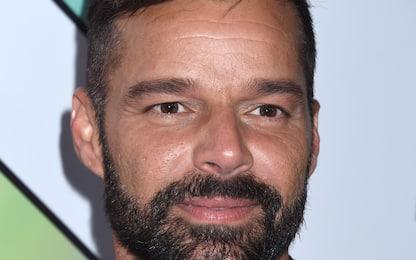 Ricky Martin, il videoclip di Qué Rico Fuera con Paloma Mami