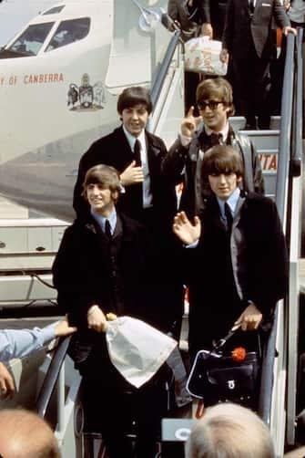 (KIKA), 20 Dicembre 2006  Sono stati il gruppo musicale pi famoso del XX secolo. Sono i Beatles. Il quartetto di liverpool che ha conquistato il mondo dal 1962 al 1970 e che, a diversi anni dallo scioglimento e dopo la morte di due dei quatto componenti, vendono ancora dischi commercializzati in versione digitale e arricchiti dal recupero di materiale inedito.   006©kikapress.com  Per maggiori informazioni, ricerche o richieste specifiche consultare il sito http://www.kikapress.com o scrivere a foto@kikapress.com Kika Italy 010 213934 - 347 4880350 Kika Usa (- 9 ore) 001 323 4680114 - 001 323 309 8243