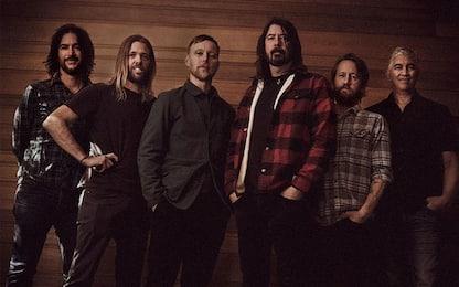 "Foo Fighters, arriva ""Hail Satin"" album di cover dei Bee Gees"