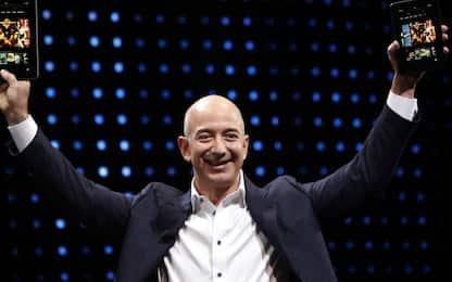 La canzone su Jeff Bezos che spopola su TikTok, il testo