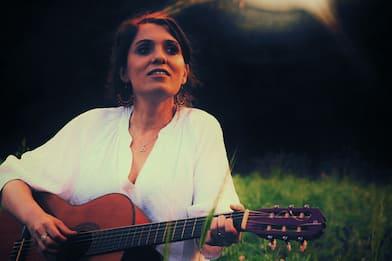 Chiara Effe prende il volo con le Mie Ali: il video