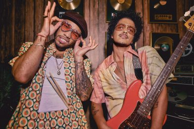 Bruno Mars e Anderson .Paak pubblicano il loro secondo singolo Skate