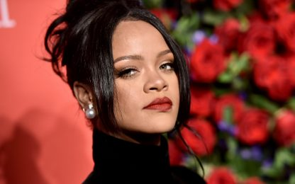 Rihanna è la cantante più ricca (ma la musica c'entra poco)