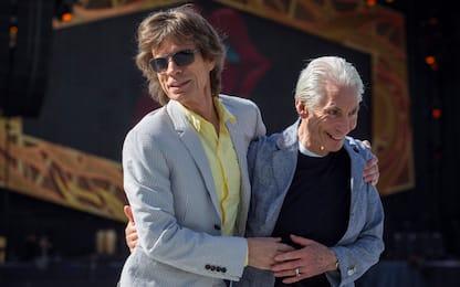 Rolling Stones assenti a funerali Charlie Watts per restrizioni Covid