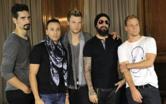 epa03946591 Members of US band Backstreet Boys, (L-R) Kevin Richardson, Howie Dorough, Nick Carter, AJ McLean and Brian Littrell pose for photographs during an interview on the occasion of the releasing of their eigth album 'In a World Like This', in Madrid, Spain, 12 November 2013.  EPA/ZIPI