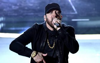 HOLLYWOOD, CALIFORNIA - FEBRUARY 09: Eminem performs onstage during the 92nd Annual Academy Awards at Dolby Theatre on February 09, 2020 in Hollywood, California. (Photo by Kevin Winter/Getty Images)