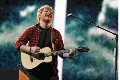 Ed Sheeran positivo al Covid, l'annuncio sul suo profilo Instagram