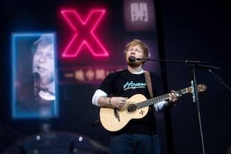 epa07642096 British singer Ed Sheeran performs during a concert at Wanda Metropolitano stadium in Madrid, Spain, 11 June 2019.  EPA/Luca Piergiovanni