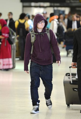 Ed Sheeran arrives into LAX Airport.Job: 061713J5  © NPG.comLaPresse  -- Only Italy