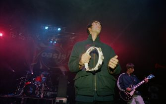 British rock group Oasis live at the Astoria in London, 19th August 1994. (Photo by Peter Macdiarmid/Getty Images)