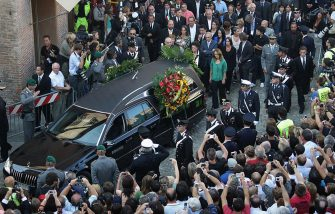 Hundreds gathered at the cathedral of Modena for the funeral of Luciano Pavarotti. The funeral was held in Modena's Duomo on September 8, 2007 in Modena, Italy. Pavarotti died of pancreatic cancer on Thursday September 6 in his home, aged 71. (Photo by Daniele Venturelli/WireImage)