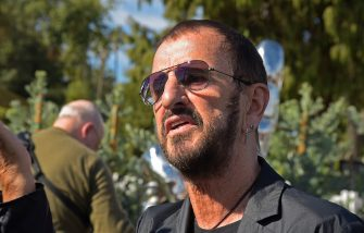 """BEVERLY HILLS, CALIFORNIA - NOVEMBER 02: Musician Ringo Starr attends a public art dedication for his donated sculpture """"Peace and Love"""" at Beverly Gardens Park on November 02, 2019 in Beverly Hills, California. (Photo by Michael Tullberg/Getty Images)"""