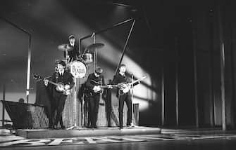 The Beatles perform on Sunday Night At The London Palladium, 13th October 1963. L-R Paul McCartney, Ringo Starr, George Harrison, John Lennon. (Photo by Stanley Bielecki/ASP/Getty Images)