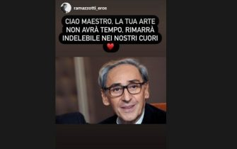 Eros Ramazzotti posta su Instagram un ricordo social per la morte di Franco Battiato