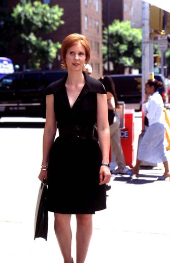 "385528 09: Actress Cynthia Nixon Stars As Miranda In The Hbo Comedy Series ""Sex And The City"" The Third Season.  (Photo By Getty Images)"