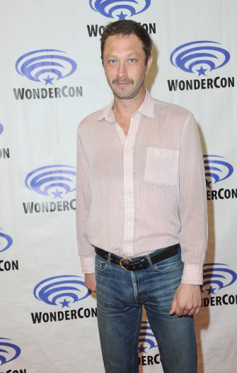 ANAHEIM, CA - MARCH 30:  Ebon Moss-Bachrach promotes AMC's 'NOS4A2 ' on the Press Line at WonderCon 2019 - Day 2 held at Anaheim Convention Center on March 30, 2019 in Anaheim, California.  (Photo by Albert L. Ortega/Getty Images)