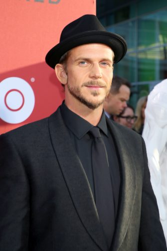 """LOS ANGELES, CA - APRIL 16:  Gustaf Skarsgard attends the premiere of HBO's """"Westworld"""" Season 2 at The Cinerama Dome on April 16, 2018 in Los Angeles, California.  (Photo by Jean Baptiste Lacroix/Getty Images)"""