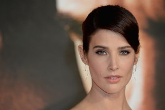 """LONDON, ENGLAND - OCTOBER 20:  Cobie Smulders attends the European premiere of """"Jack Reacher: Never Go Back"""" at Cineworld Leicester Square on October 20, 2016 in London, England.  (Photo by Anthony Harvey/Getty Images)"""