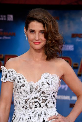 """HOLLYWOOD, CALIFORNIA - JUNE 26: Cobie Smulders attends the Premiere Of Sony Pictures' """"Spider-Man Far From Home"""" at TCL Chinese Theatre on June 26, 2019 in Hollywood, California. (Photo by Frazer Harrison/Getty Images)"""