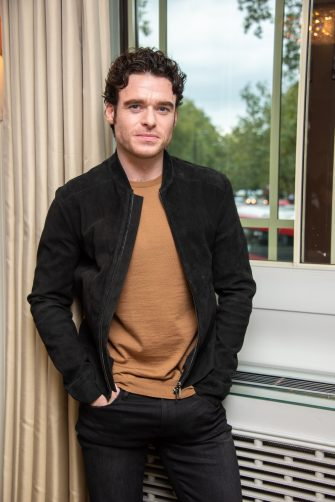 "LONDON, ENGLAND - OCTOBER 16:  Richard Madden at ""The Bodyguard"" Press Conference at The Dorchester Hotel on October 16, 2018 in London, England.  (Photo by Vera Anderson/WireImage)"