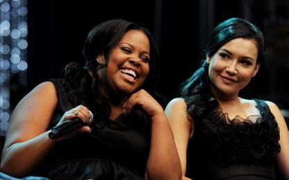 Glee, Amber Riley ricorda Naya Rivera con un'emozionante esibizione