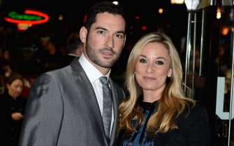 LONDON, ENGLAND - OCTOBER 21:  Tamzin Outhwaite and husband Tom Ellis attend the Closing Night Gala of 'Great Expectations' during the 56th BFI London Film Festival at Odeon Leicester Square on October 21, 2012 in London, England.  (Photo by Ian Gavan/Getty Images for BFI)