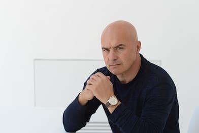 """Luca Zingaretti è """"Il Re"""", la nuova serie Sky Original"""