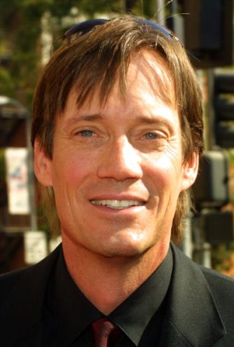 LOS ANGELES - SEPTEMBER 14:  Actor Kevin Sorbo attends the 2002 Creative Arts Emmy Awards at the Shrine Auditorium on September 14, 2002 in Los Angeles, California.  (Photo by Frederick M. Brown/Getty Images)