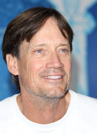 """HOLLYWOOD, CA - NOVEMBER 19: Kevin Sorbo attends the Disney's """"Frozen"""" Los Angeles premiere held at the El Capitan Theatre on November 19, 2013 in Hollywood, California. (Photo by JB Lacroix/WireImage)"""