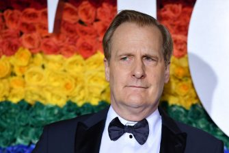 US actor Jeff Daniels attends the 73rd Annual Tony Awards at Radio City Music Hall on June 9, 2019 in New York City. (Photo by Angela Weiss / AFP)        (Photo credit should read ANGELA WEISS/AFP via Getty Images)