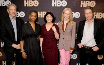 PASADENA, CALIFORNIA - JANUARY 15: (L-R) David E. Kelley, Noma Dumezweni, Susanne Bier, Nicole Kidman and Hugh Grant of 'The Undoing' pose in the green room during the 2020 Winter Television Critics Association Press Tour at The Langham Huntington, Pasadena on January 15, 2020 in Pasadena, California. 723750 (Photo by Jeff Kravitz/Getty Images for WarnerMedia)