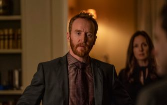 """(L-R): Tony Curran as Frankie and Hope Davis as Gina Baxter in YOUR HONOR, """"Part Three"""". Photo Credit: Skip Bolen/SHOWTIME."""