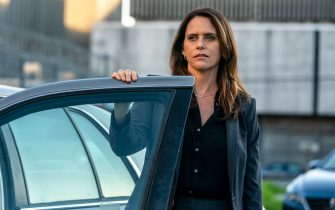 """Amy Landecker as Nancy Costello in YOUR HONOR, """"Part Eight"""". Photo Credit: Skip Bolen/SHOWTIME."""
