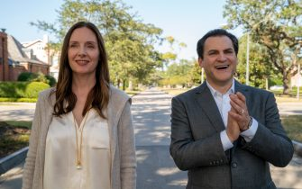 """(L-R): Hope Davis as Gina Baxter and Michael Stuhlbarg as Tommy Baxter in YOUR HONOR, """"Part One"""". Photo Credit: Skip Bolen/SHOWTIME."""