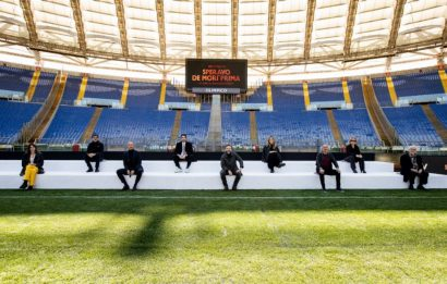 Speravo de morì prima, la conferenza stampa allo stadio Olimpico
