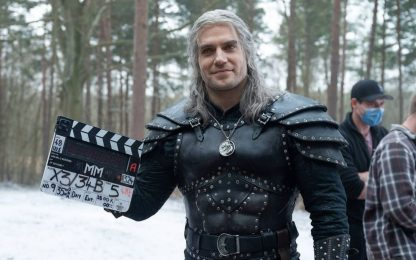 The Witcher, Henry Cavill: regalo al cast per la fine riprese: FOTO