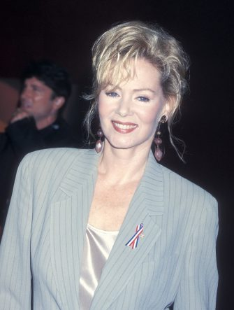 CENTURY CITY, CA - NOVEMBER 4:   Actress Jean Smart attends the 53rd Annual Primetime Emmy Awards on November 4, 2001 at the Shubert Theatre in Century City, California. (Photo by Ron Galella, Ltd./Ron Galella Collection via Getty Images)