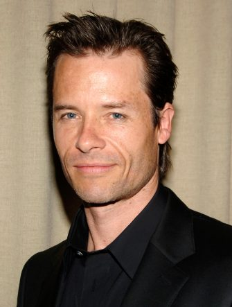 """NEW YORK - JANUARY 30: Guy Pearce attends a dinner for """"Factory Girl"""" hosted by The Cinema Society and Calvin Klein at the Gramercy Park Hotel on January 30, 2007 in New York City.  (Photo by Andrew H. Walker/Getty Images)"""