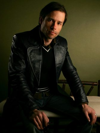 """PARK CITY, UT - JANUARY 21:  Actor Guy Pearce poses of the film """"The Proposition"""" for a portrait at the Getty Images Portrait Studio during the 2006 Sundance Film Festival on January 21, 2006 in Park City, Utah.  (Photo by Mark Mainz/Getty Images)"""