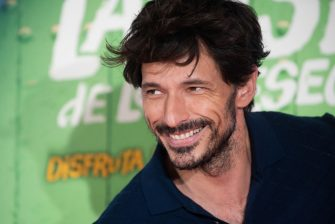 """MADRID, SPAIN - JULY 02: Andrés Velencoso attends """"La Lista de los Deseos"""" premiere on July 02, 2020 in Madrid, Spain. This is the first film premiere in Spain after the coronavirus (COVID-19) outbreak. (Photo by Beatriz Velasco/WireImage)"""