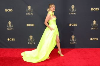 LOS ANGELES, CALIFORNIA - SEPTEMBER 19: Kaley Cuoco attends the 73rd Primetime Emmy Awards at L.A. LIVE on September 19, 2021 in Los Angeles, California. (Photo by Rich Fury/Getty Images)