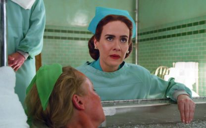 Ratched, Sarah Paulson è la crudele infermiera Mildred nella serie tv