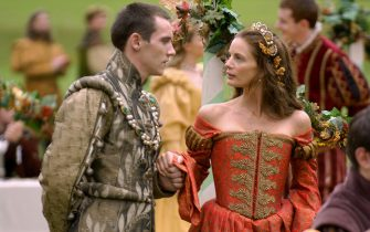 Jonathan Rhys Meyers as Henry VIII and Gabrielle Anwar as Princess Margaret (The Tudors - episode 4)