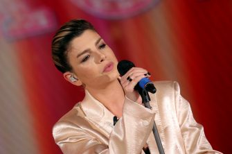 "ROME, ITALY - DECEMBER 15: Emma Marrone performs on ""Domenica In"" Tv Show at Rai Studios on December 15, 2019 in Rome, Italy. (Photo by Elisabetta A. Villa/Getty Images)"