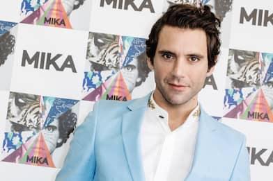 """Mika e Michele Bravi, la cover di """"Bella d'estate"""" di Mango"""