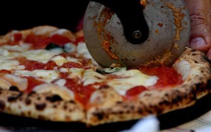 Collegno, lavoro in nero in pizzeria: titolare multata per 9mila euro