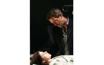 """HOUSE:  House (Hugh Laurie, R) treats a teenage girl (guest-star Michelle Trachtenberg, L) who recently had a heart transplant in the HOUSE episode """"Safe"""" airing Tuesday, April 4 (9:00-10:00 PM ET/PT) on FOX.  ©2006 Fox Broadcasting Co.  Cr:  Michael Becker/FOX"""